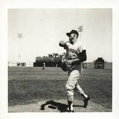"""BILL FREEHAN TIGERS 3.5X3.5 VINTAGE SNAPSHOT PHOTO . $20.00. BILL FREEHAN VINTAGE DETROIT TIGERS 3.5X3.5 SNAPSHOT PHOTO Photo Description BILL FREEHAN VINTAGE DETROIT TIGERS (CIRCA 1961-1976) 3.5 X 3.5"""" SNAPSHOT PHOTOGRAPH. ITEM PICTURED IS ACTUAL ITEM BUYER WILL RECEIVE. CLICK ON PHOTOS FOR CLEARER AND LARGER IMAGES. GREAT, AUTHENTIC BASEBALL COLLECTIBLE!!! Shipping and Payment"""