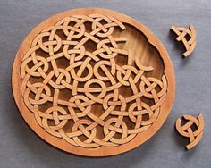 The Celtic Circle Puzzle Woodworking Jigs, Woodworking Projects, Celtic Circle, Laser Cutter Projects, 3d Laser, Celtic Art, Scroll Saw Patterns, Celtic Designs, Wooden Puzzles