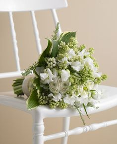 """""""Think texture when it comes to flowers,"""" from The Knot blog"""