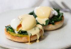 The best recipes cooking: Classic Christmas Morning Brunch Item Egg Recipes, Cooking Recipes, Cooking Ideas, Eggs Florentine, Brunch Items, Good Food, Yummy Food, Recipe Sites, Christmas Morning