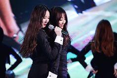 Nine Muses Erin & Kyungri