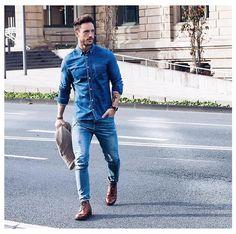 How to wear #doubledenim @magic_fox knows! #malestylist #maleblogger #menswear #mensfashion #mensstyle #mensstreetstyle