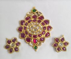 Ruby Jewelry, Pendant Jewelry, Gold Jewelry, Beaded Jewelry, Traditional Indian Jewellery, Indian Jewelry, Jewellery Sketches, Small Earrings, Temple Jewellery