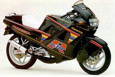 125cc Motorbike, Vintage Bikes, Retro Bikes, Concept Motorcycles, Motorcycle Manufacturers, Mini Bike, Sport Bikes, Custom Bikes, Vespa