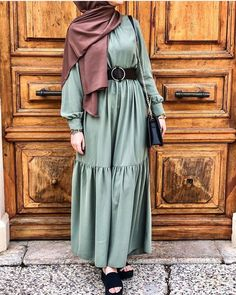 Cotton head scarf instant black hijab ready to wear muslim accessories for women Affiliate link Street Hijab Fashion, Muslim Fashion, Modest Fashion, Skirt Fashion, Fashion Outfits, Black Hijab, Blouse, Shirt Dress, Muslim Dress