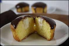 Boston Cream Cupcakes - yum! And other WW friendly cupcakes.