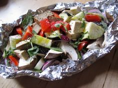 Sprays, Caprese Salad, Food, Simple, Food Recipes, Meal, Essen, Hoods, Meals