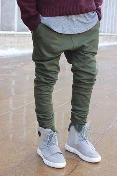HZIJUE korean hip hop fashion pants with zippers bigbang green black flared  pants men urban clothing d8f5436069cd