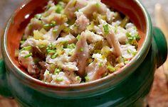 Pasta z makreli z chrzanem, ogórkiem i szczypiorkiem - Kuchnia Lidla #lidl #przepis #makrela #pasta #chrzan #szczypiorek