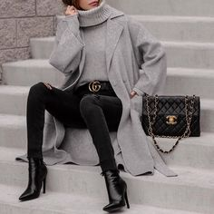 Women Casual Outfit to Wear Fall and Winter - Fashion Looks 2019 Grey Fashion, Look Fashion, Winter Fashion, Womens Fashion, Fashion Styles, Fashion Fashion, Fashion Ideas, Fashion Inspiration, Fashion Tips