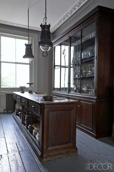 Kitchen Lighting Ideas HOUSE TOUR: Inside A Brighton, England Home With The Most Perfect Antique Touches - In a legendary English seaside town, an antiques dealer lives with her waresan artful assemblage of the rare, the precious, and the overlooked Modern Kitchen Lighting, Kitchen Lighting Fixtures, Light Fixtures, Unique Lighting, Lighting Ideas, Devol Kitchens, Home Kitchens, Decoracion Vintage Chic, Home Decor Kitchen