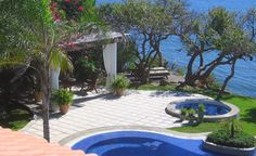 Pool and Jacuzzi at Casa CantaRana in Punta Mita Mexico.  Luxury villa vacation rentals are available through Casa Bay Villas