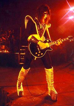 ace frehley by artisticphotographer on DeviantArt Kiss Images, Kiss Pictures, Gene Simmons Kiss, Kiss Members, Vinnie Vincent, Eric Carr, Peter Criss, Kiss Photo, Kiss Band