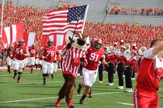 Bucky leads in the team at the Bowling Green vs Badger game 9/20/14