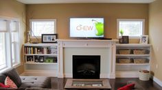 built in shelving for living room | craftsman+living+room+fireplace+with+built+in+shelves.jpg