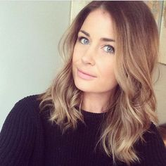 super Ideas for hair color blonde ombre balayage shorts Balayage Brunette Short, Blonde Hair For Brunettes, Subtle Balayage, Brunette To Blonde, Blonde Ombre, Hair Color Balayage, Blonde Color, Subtle Highlights, Balayage Highlights