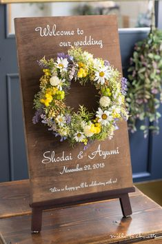 Wedding Welcome Board, Welcome Boards, Wedding Decorations, Table Decorations, Flower Canvas, Dried Flowers, Cute Art, Garden Wedding, Wedding Venues