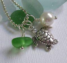 Sea Glass Jewelry Hawaiian Honu Sea Turtle by GardenLeafSeaside,  22.00 Porte  Clef, Colliers, 1e0a6ce7d34