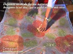 Técnicas de seda , sal de esfectos , Silk Painting - YouTube Shibori, Hand Painted Fabric, Silk Art, Painting Patterns, Fabric Painting, Textiles, Youtube, Prints, Silk Scarves