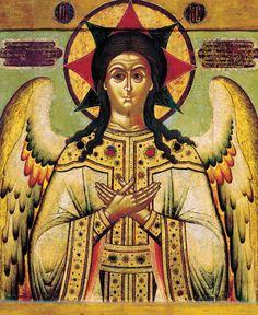 Спас Благое Молчание  Господь предстает перед нами в образе ангела в белой мантии с широкими рукавами, руки его прижаты к груди, а за спиной виднеются спущенные ангельские крылья. Это единственная икона, где в нимбе вместо креста находится восьмиконечная звезда, образованная из двух квадратов, один из которых означает божественность Господа, а другой - мрак непостижимости Божества.