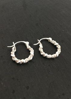 Afrika Sølv Øreringe / Pico Smykker / Anthon.dk Jewelries, Bracelets, Earrings, Silver, Jewellery, Fashion, Accessories, Africa, Ear Rings