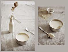Coconut pudding: 1 can full fat coconut milk 3 tablespoons cornstarch 1/2 teaspoon ground nutmeg 1/4 teaspoon vanilla extract 1 teaspoon raw honey  1 teaspoon Malibu rum