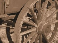 Pioneer Crafts for School Kids - pioneer covered wagon, log cabin, classroom quilt @ ehow.com