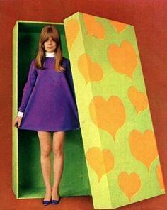 60s fashion A-line dress