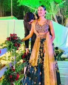 Jab bana director + dop at Indian Designer Outfits, Designer Dresses, Cute Celebrities, Celebs, Bollywood Actress Bikini Photos, Tashan E Ishq, Erica Fernandes, Lehnga Dress, Bridal Lehenga