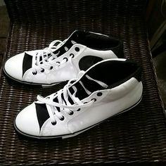 e777917973 Converse tennis shoe Never worn outside MENS black and white. Converse Shoes  Converse Tennis Shoes