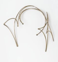 Brooklyn Museum: Decorative Arts: Last Necklace- silver, two hard stones, by Art Smith Fall Jewelry, Fashion Jewelry Necklaces, Silver Necklaces, Jewelry Art, Jewelry Design, Modern Jewelry, Vintage Jewelry, Alexander Calder, Precious Metals