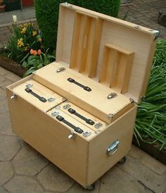 53 new ideas for portable tool storage toolbox cabinets Workshop Storage, Workshop Organization, Tool Storage, Wood Tool Box, Wooden Tool Boxes, Woodworking Projects For Kids, Woodworking Shop, Popular Woodworking, Tool Box Cabinet