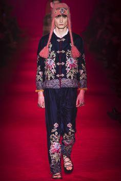 Gucci Fall 2016 Menswear Fashion Show