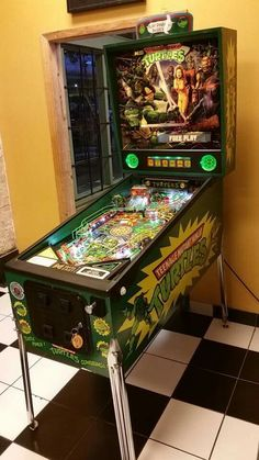 TMNT Pinball. One day will own one of these. Love it.