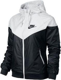 Nike WindRunner Women's Jacket Windbreaker Hoodie Black White