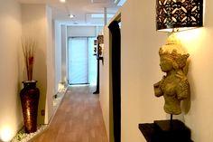 店舗デザイン・内装工事 施工事例 | アジアン バリ リゾート風 店舗デザイン 店舗プロデュース インテリアコーディネート 内装工事 Bali Style, Bali Fashion, Salons, Relax, Asian, Home Decor, Lounges, Decoration Home, Room Decor