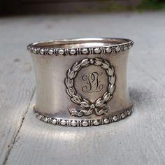 Beautiful Wreath Sterling Silver Napkin Ring by Gorham 1910 #Gorham