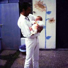 Freddie Mercury with Freddie Mack Queen Freddie Mercury, John Deacon, I Am A Queen, Save The Queen, Bryan May, Freddie Mercuri, Roger Taylor, True Legend, We Will Rock You