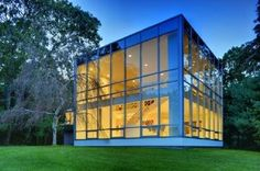 The 'Glass Box Everyone Has Been Waiting For' In NW Woods - On The Market - Curbed Hamptons