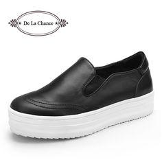 $44.00 (Buy here: https://alitems.com/g/1e8d114494ebda23ff8b16525dc3e8/?i=5&ulp=https%3A%2F%2Fwww.aliexpress.com%2Fitem%2FWomen-Fashion-Platform-Sneakers-2015-Leather-Slip-On-Sneakers-Flatform-Wedge-Sneakers-For-Women-Skate-Sneakers%2F32419668803.html ) Women Fashion Platform Shoes 2016 Leather Slip On Casual Shoes Oxfords Flatform Wedge Shoes For Women Skate Ladies Shoes for just $44.00