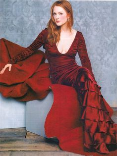 Julianne Moore. love this picture #photoshoot