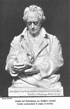 """Wilhelm von Humboldt:  """"Heute nachmittag habe ich bei Goethe Schillers Schädel gesehen. Goethe und ich – Riemer war noch dabei – haben lange davor gesessen, und der Anblick bewegt einen gar wunderlich. Was man lebend so groß, so teilnehmend, so in Gedanken und Empfindungen bewegt vor sich gesehen hat, das liegt nun so starr und tot wie ein steinernes Bild da. Goethe hat den Kopf in seiner Verwahrung, er zeigt ihn niemand. Ich bin der einzige, der ihn bisher gesehen, und er hat mich gebeten…"""