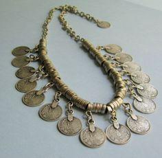 Necklace | Margaret & Kara of FineAndFunkyJewelry.  'India inspired'.