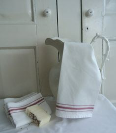 Pair of French Country Style Cotton Kitchen Tea Towels