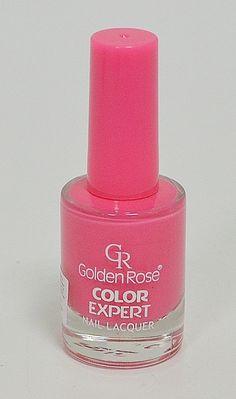 Лак за нокти в пастелен, млечно розов цвят. Широката четка обхваща цялата нокътна плочка и прави нанасянето много лесно,