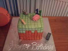 My very first piñata cake, ive been dying to make a piñata cake for a long long time. Then my son asked for a minecraft cake with MnM's ins. Minecraft Pinata, Pinata Cake, Cake Creations, Desserts, Food, Tailgate Desserts, Deserts, Essen, Postres