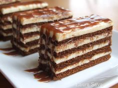 Cuburi de lapte Romanian Desserts, Romanian Food, Sweets Recipes, Cake Recipes, Cooking Recipes, Delicious Desserts, Yummy Food, Cata, Chocolate Recipes