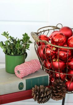 Deck the Porch it is Christmas Time – porch decor AND a $250 GIVE AWAY!