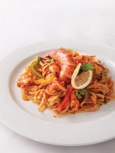 2-32 tablespoons olive Oil 500 grams prawns, peeled, and deveined ¼ cup red bell pepper, slice in strips ¼ cup green bell pepper, slice in strips ¼ cup onion, slice in strips 1 cup prepared marinara sauce ¼ cup cilantro, chopped 2 tablespoons parmesan cheese, optional 500 grams uncooked pasta1. Cook pasta in large pot of boiling salted water until just tender but still firm to bite, stirring occasionally. Set aside.