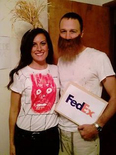 clever castaway couples costume image by katie raines from katie in kansas funnyhalloweencostumes halloween costume ideas